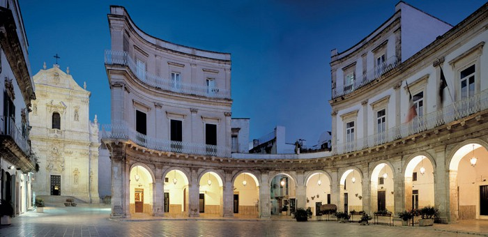 Martina Franca (Taranto) - Piazza Maria Immacolata