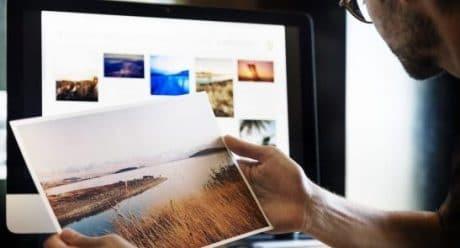 Wir digitalisieren Ihre Unterlagen: Wir scannen und digitalisieren Ihre Dokumente: Fotos, Zeugnisse und alte Briefe ebenso wie ganze Aktenordner. Qualität, Datenformat und Farbigkeit bestimmen Sie im Vorfeld, wir beraten Sie dazu gern. Im Anschluss haben Sie die Wahl: Wollen Sie die Dateien per E-Mail gesendet bekommen, oder sollen wir die Daten auf Ihrem USB-Stick oder Ihrer Festplatte speichern?