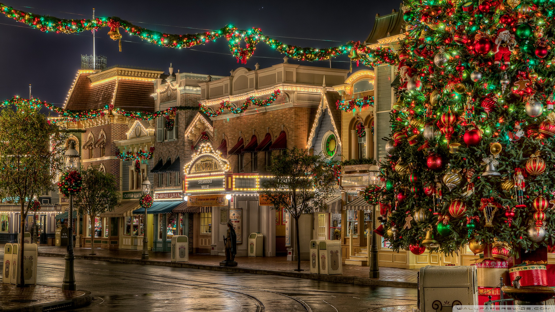 Disneyland Christmas Wallpaper