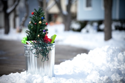 list of ways to reduce waste this holiday season | ListPlanIt.com