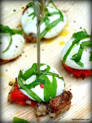 Summer appetizer: Grilled Chicken Caprese | ListPlanIt.com