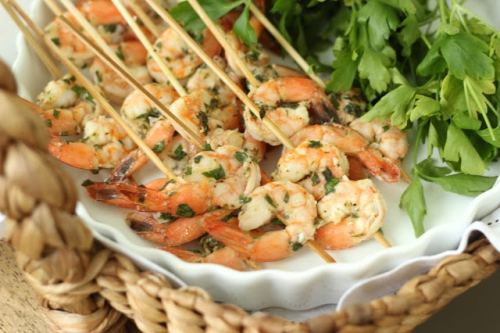 Summer appetizer: Lemon Basil Grilled Shrimp Skewers | ListPlanIt.com