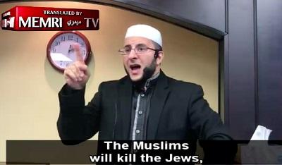 W muzułmańskich meczetach obietnica, żemuzułmanie zabiją wszystkich Żydów jest powtarzana niemal codziennie. Nazdjęciu mówiący te słowa imam zTeksasu.