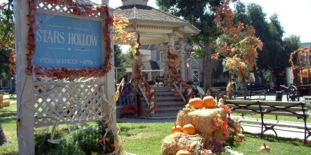 heres-how-to-visit-the-real-life-places-that-inspired-stars-hollow-from-gilmore-girls