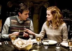 Neville-Longbottom-and-Hermione-Granger-neville-longbottom-22817770-570-400