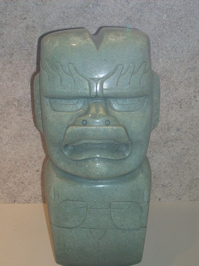 Statuette en aventurine datant de la civilisation olmèque