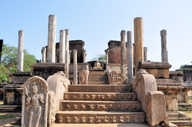 Temples au Sri Lanka - Propriétés et vertus de la Pierre de Lune