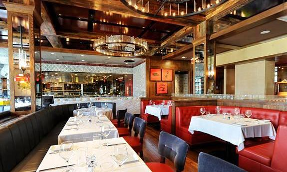 Why You Should Hire a Quality Furniture Manufacturer to Help You Choose Your Restaurant's Furniture