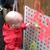 BABIES - Painting outside