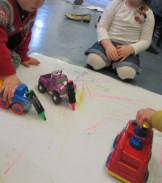 NURSERY - Drawing with cars