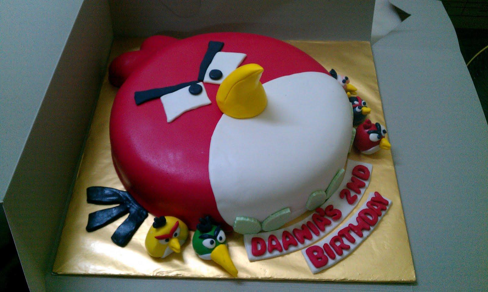 Angry Birds Cakes Decoration Ideas
