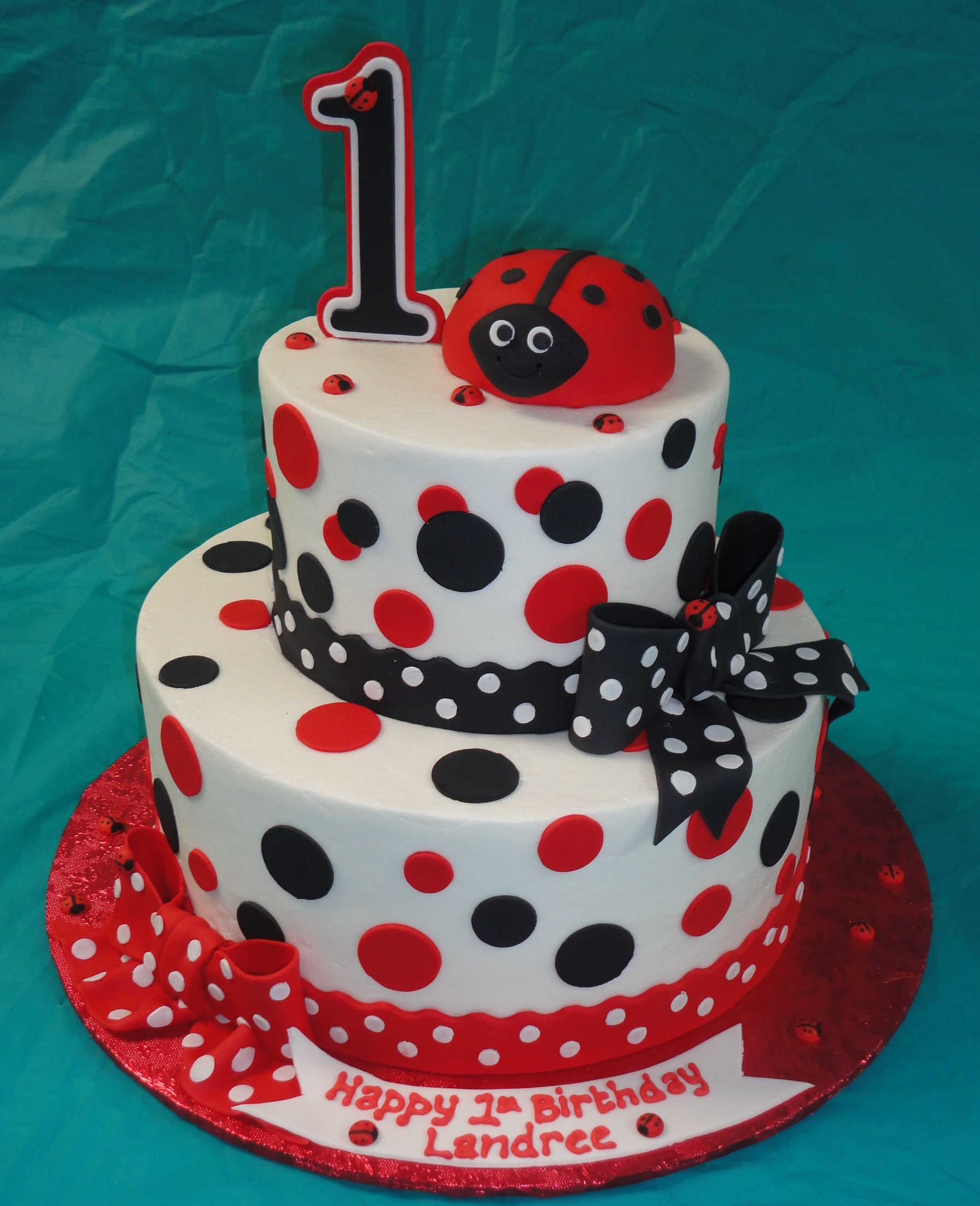 Ladybug Cakes Decoration Ideas