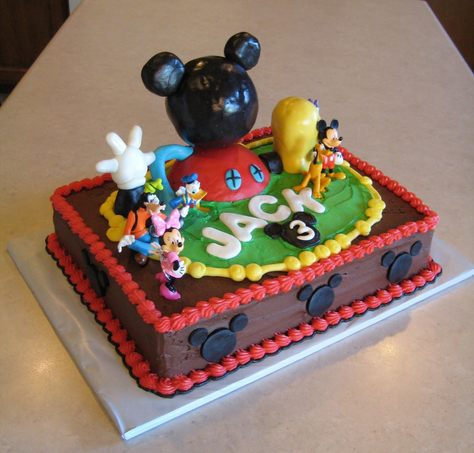 Mickey Mouse Cake Decoration Ideas
