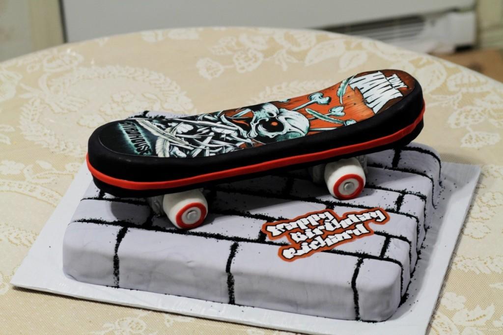 Skateboard Cakes  Decoration Ideas  Little Birthday Cakes