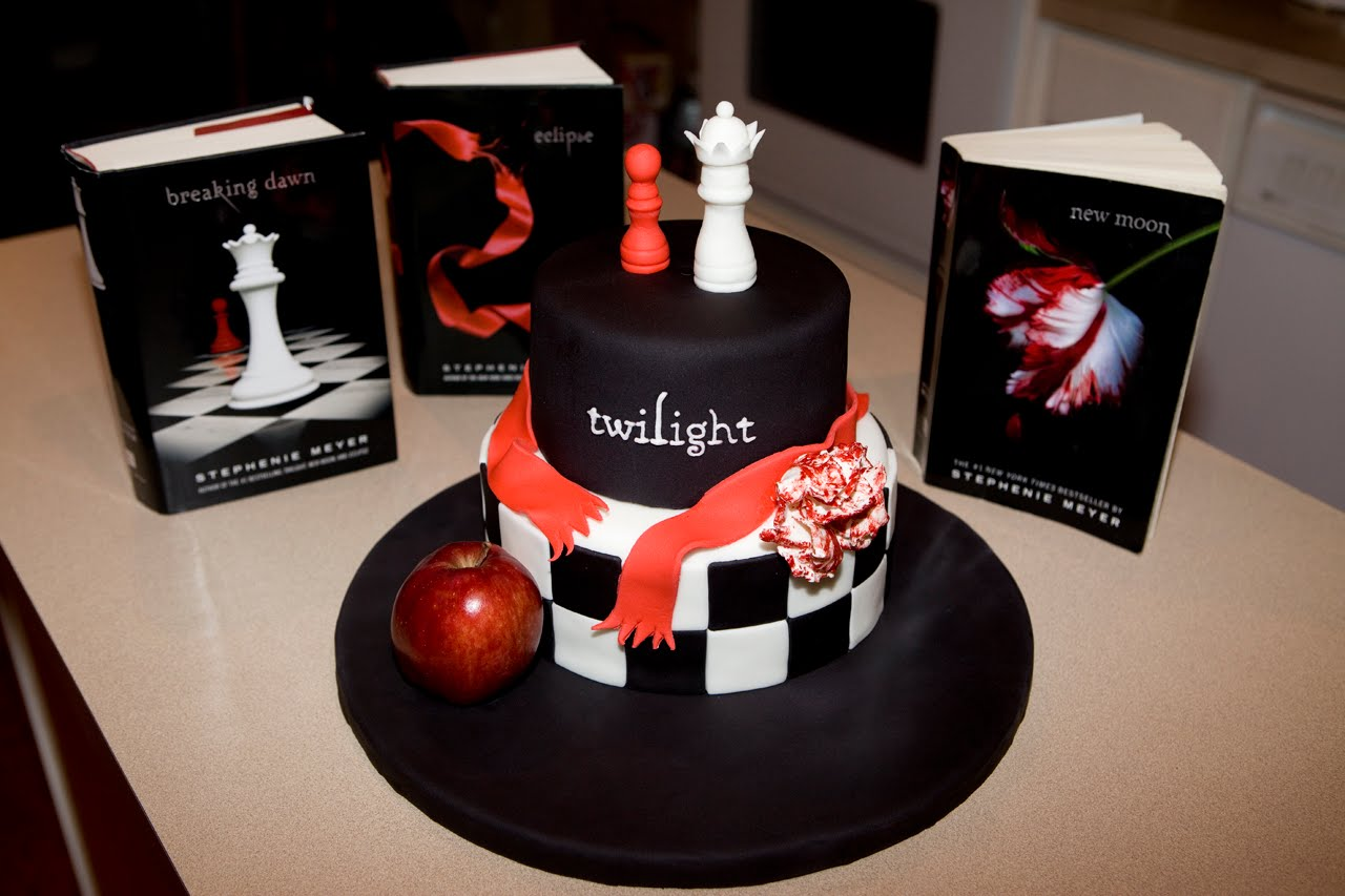 Twilight Birthday Cakes Decoration Ideas
