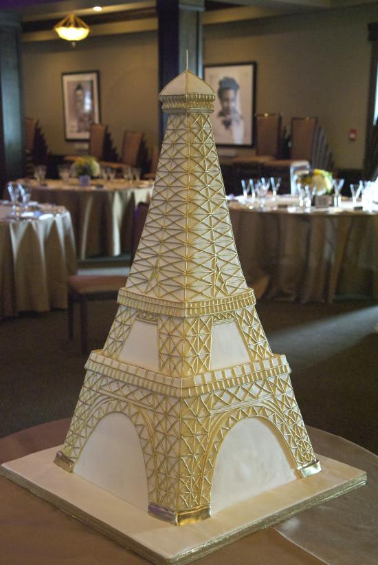Eiffel Tower Wedding Cakes