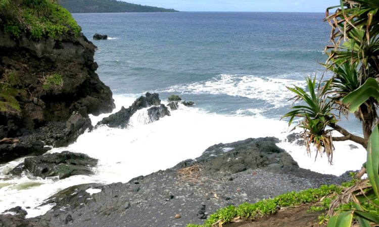 What To See on The Road To Hana in Maui Hawaii!