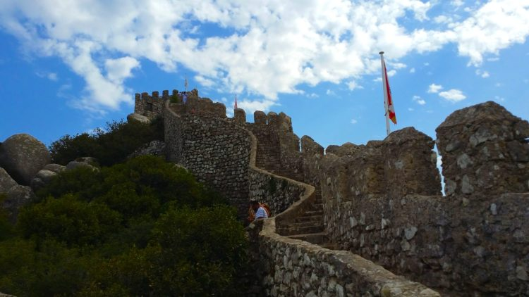 The steep climb to the top of the castle.