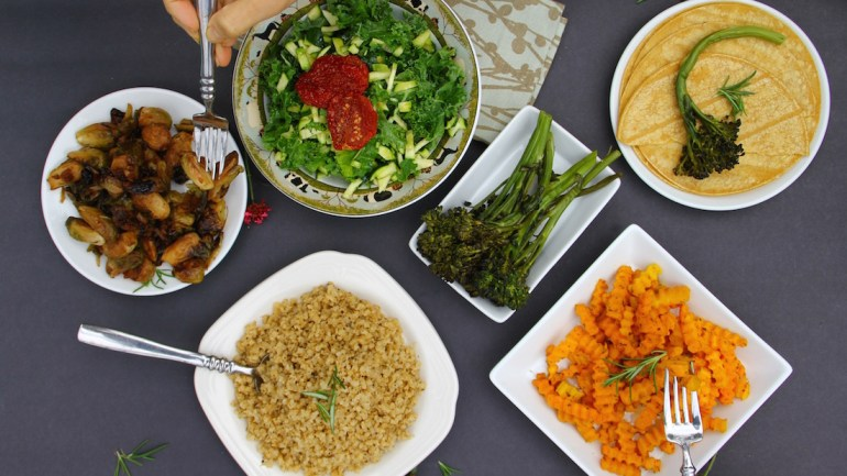 Eating with Allergies at a Friend's House (+ 5 AIP Compliant Tips)