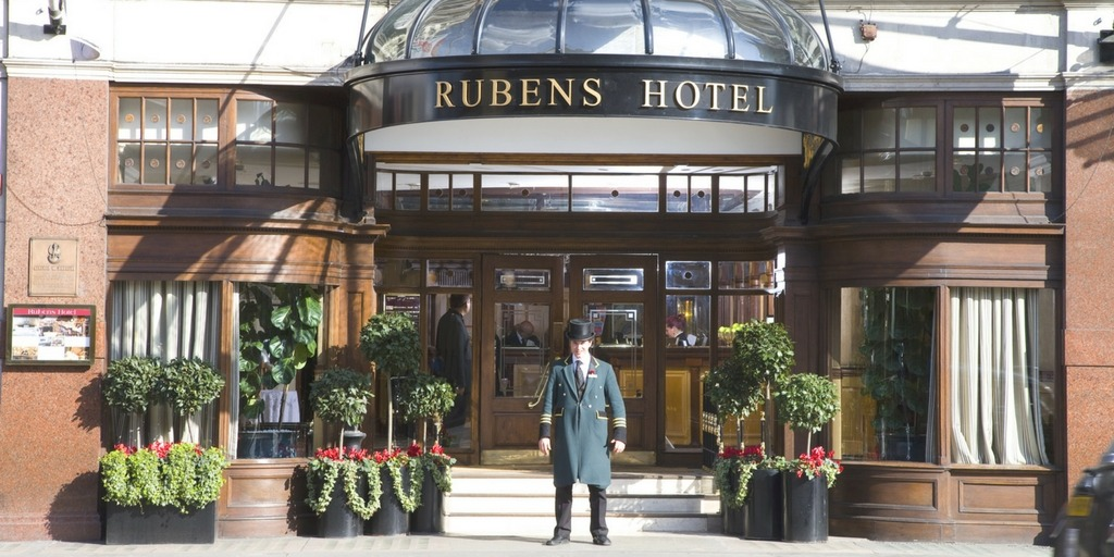 Rubens at the Palace in London What makes a hotel family friendly | Little City Trips - City Travel Experts