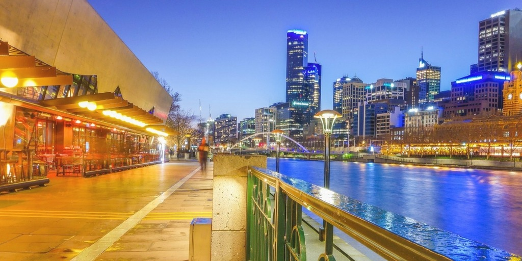 Melbourne's Southbank at Dusk | Things to do with Kids in Melbourne | Little City Trips - City Travel Experts