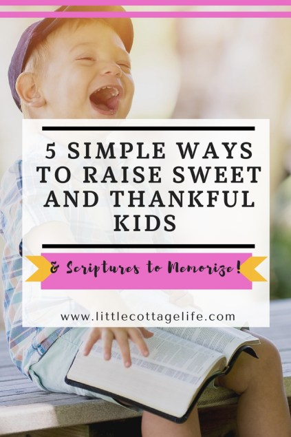 Want to raise thankful kids? These 5 simple everyday ways are great to teach your kids to have thankful hearts and say thank you to others!