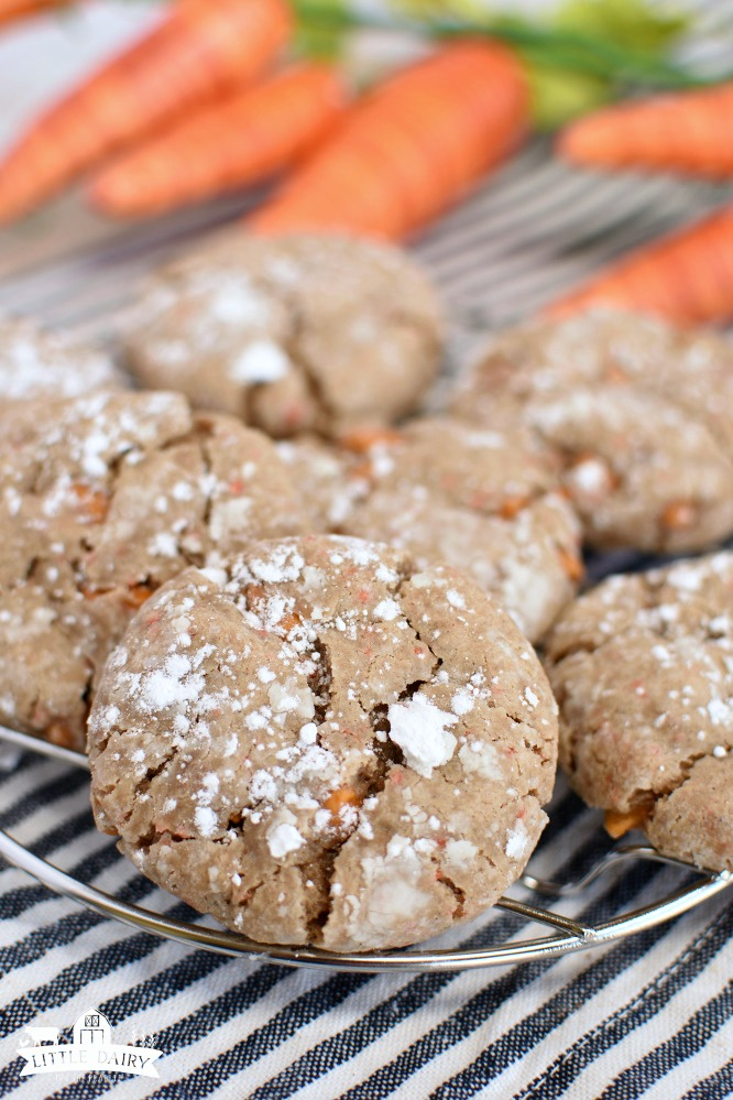 Carrot Cake Gooey Butter Cookies - perfect for Easter