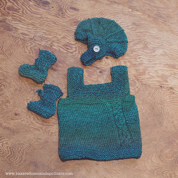 This Milo baby vest  and Aviatrix hat was knit for a friend.
