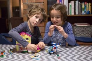 lego-juniors-friends-7
