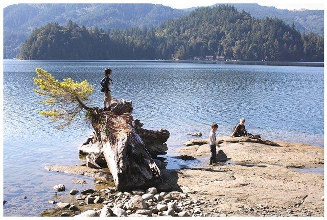 PNW homeschool hiking adventures. Our homeschoolers tackle North Lake Whatcom Trail.