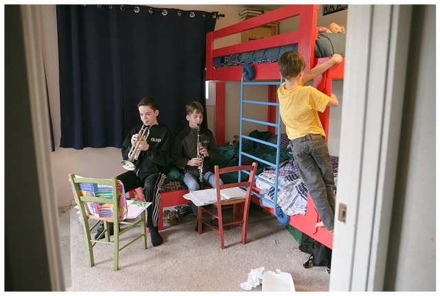 The very best triple bunk beds for large families. DIY triple bunks.