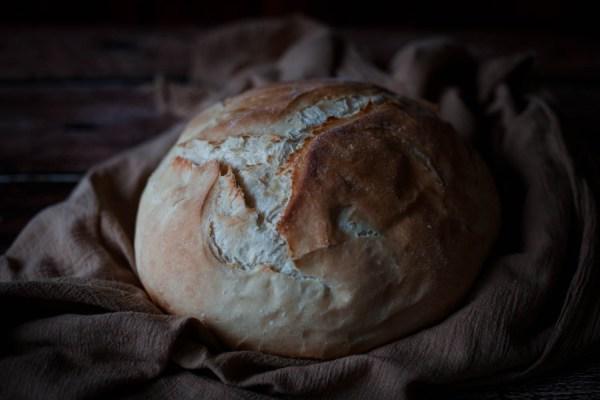 Sourdough bread made with delicous sourdough starter.