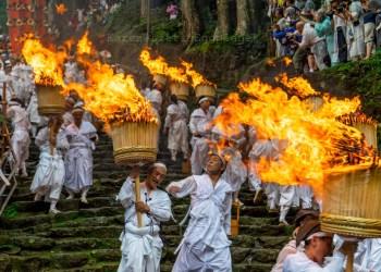 【日本祭典】夏天就到關西吧!感受熱情如火的那智火祭-和歌山縣-日本三大火節
