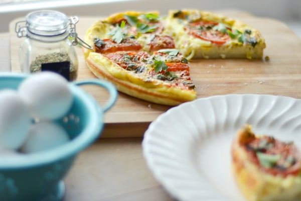 Super easy and a great base for any extras you want to add, the Three Egg Quiche! Recipe found @LittleFiggyFood