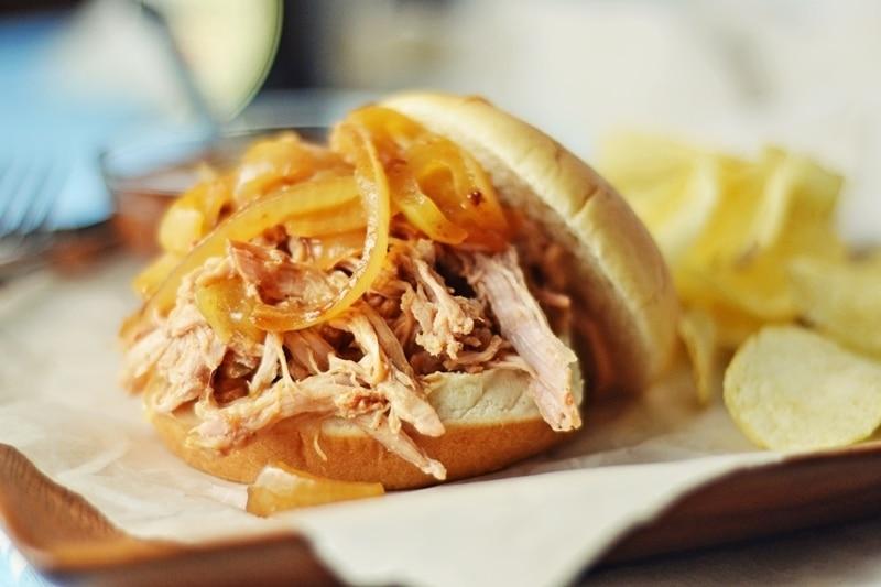 Pulled-Pork-Sandwich-@LittleFiggyFood-#PorkHappy