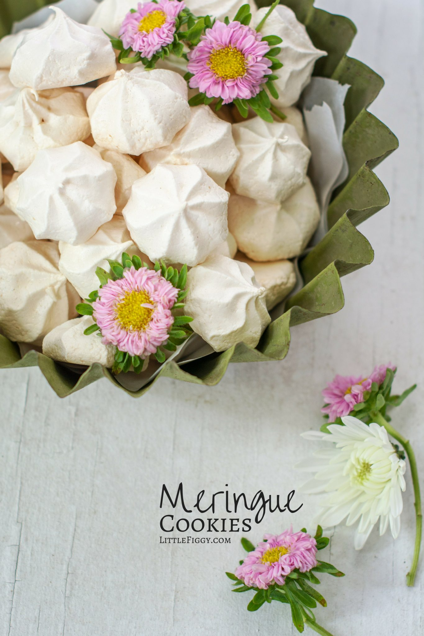 Try making your own Meringue Cookies! Meringues (a.k.a. #meringuekisses) are super easy to make, taste gorgeous on their own or added to ice creams or desserts. All you need is a few ingredients and you're set. #meringue #recipe #baking
