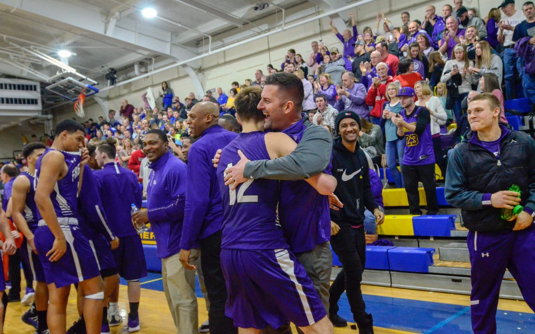 Root scores career-high 31, leads Ross to win in Cahill's return to Clyde