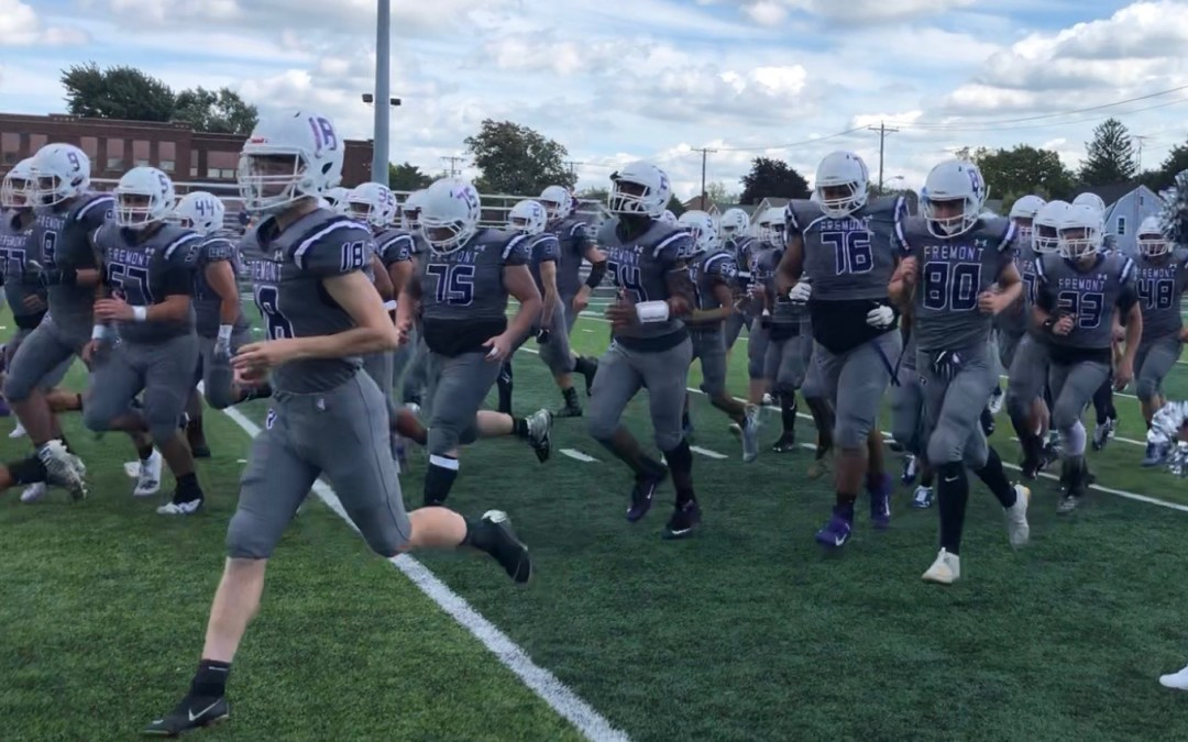 Miscues prove costly as Sandusky tops Little Giants 42-7