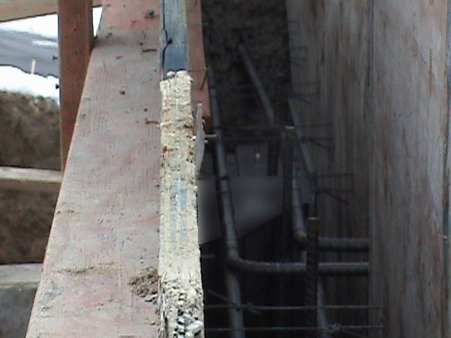 Wall ties2 055