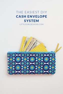 Make your own DIY Cash Envelopes that last! If you're starting out using cash envelopes, you might be using several different business sized envelopes to hold your cash. That's fine until the envelopes get worn out or you tire of hauling around 15 envelopes wherever you go. I created this super easy cash envelope system after seeing my mom's system and LOVE it. So easy to make even a non-crafter can do it!