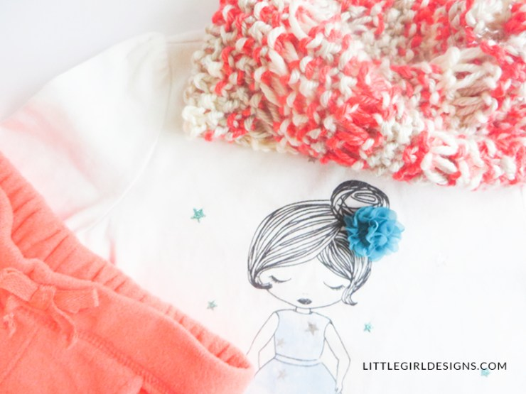 This little scarf is so simple and cute! Perfect for your toddler—I sewed the ends together to make a cowl which makes it easy to wear too! Love this! (Would also make a great gift!)