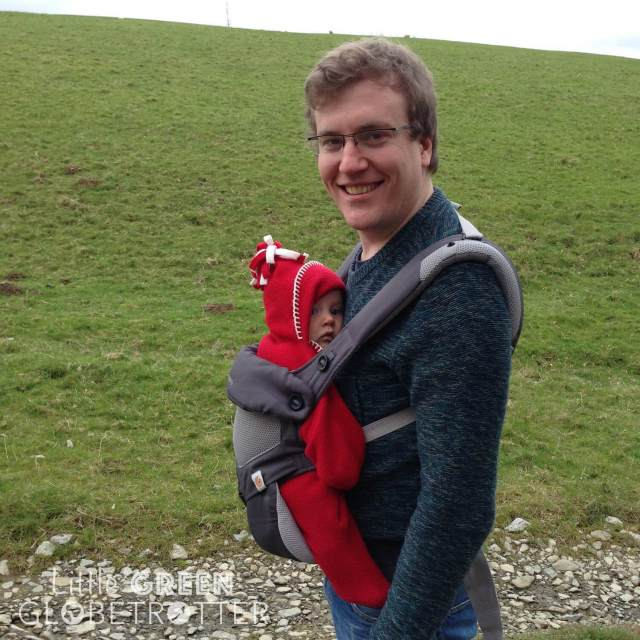 Ergo-360-Performance-baby-carrier-dad