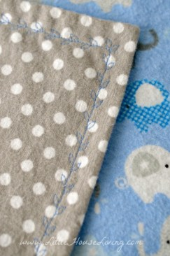 How to Make a Baby Receiving Blanket in just 10 minutes!