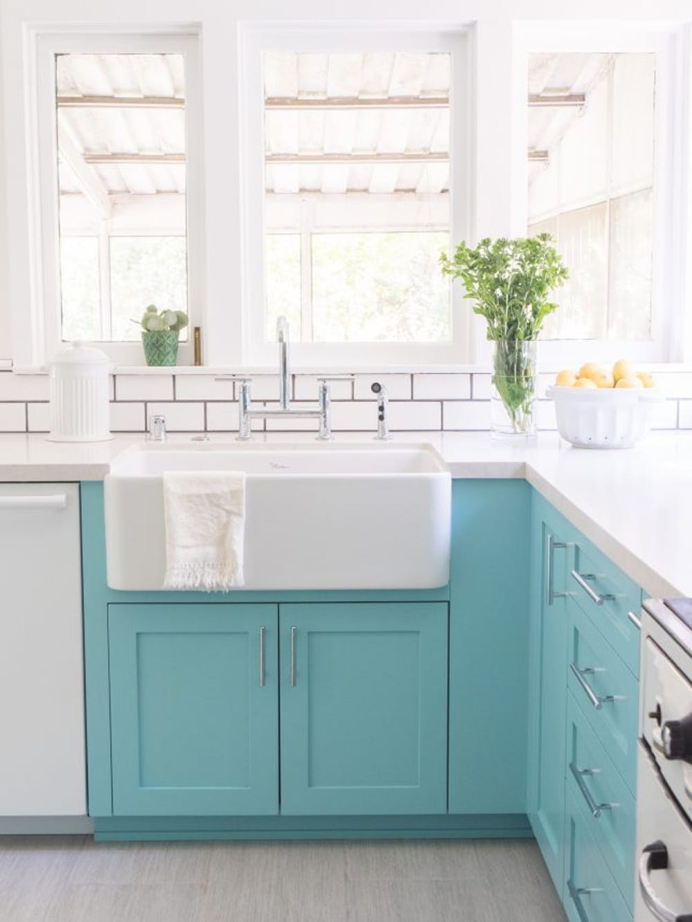 10 Ways to Use Color in a Small Kitchen - little house of could