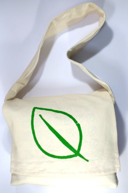 100% organic cotton shoulder bag full view