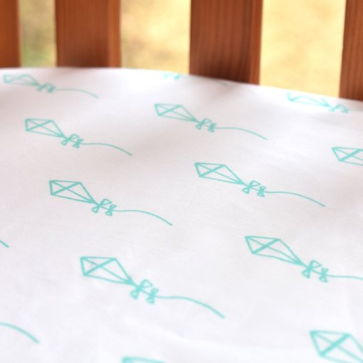 LittleLeaf Fitted Cot Bed Sheet (Kites Print)