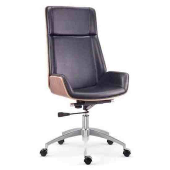Nouvelle wooden frame High Back leather Chair