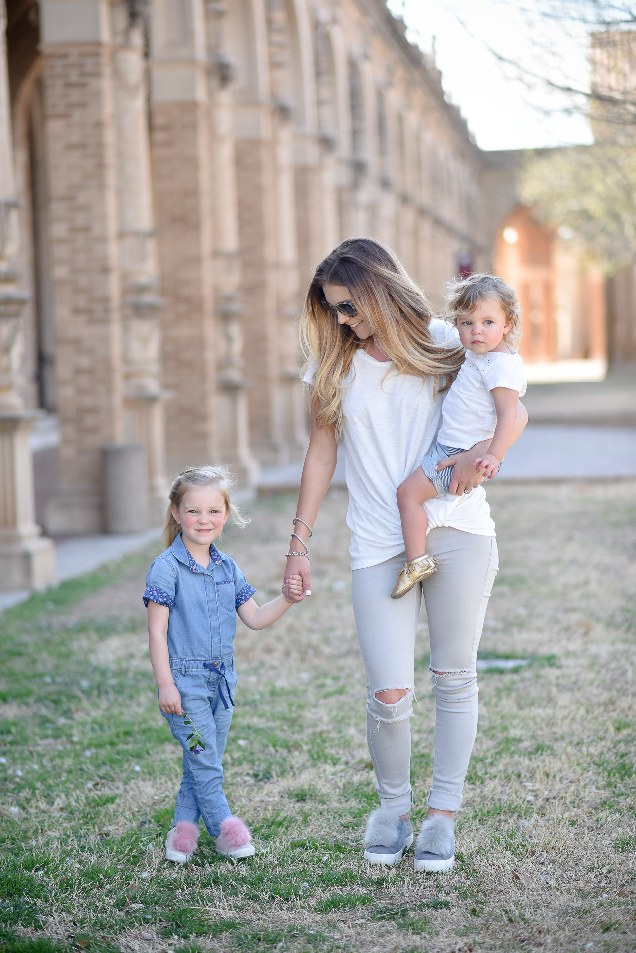 Why you need to love your body, for yourself and for your kids. Talking all about body image and why it's important to choose to love yourself!