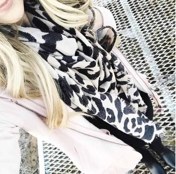 2017 nordstrom sale // best of early access must haves leopard scarf