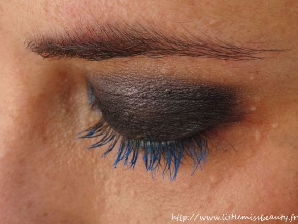 mascara_kiko_super_colour_sky-blue-2